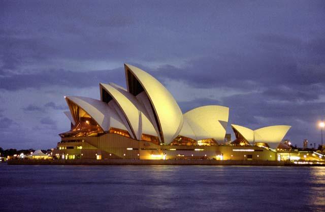 Opera, Sydney. Austrálie.